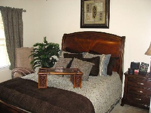 Bedroom at Listing #145792