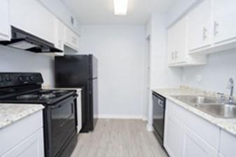 Kitchen at Listing #138502