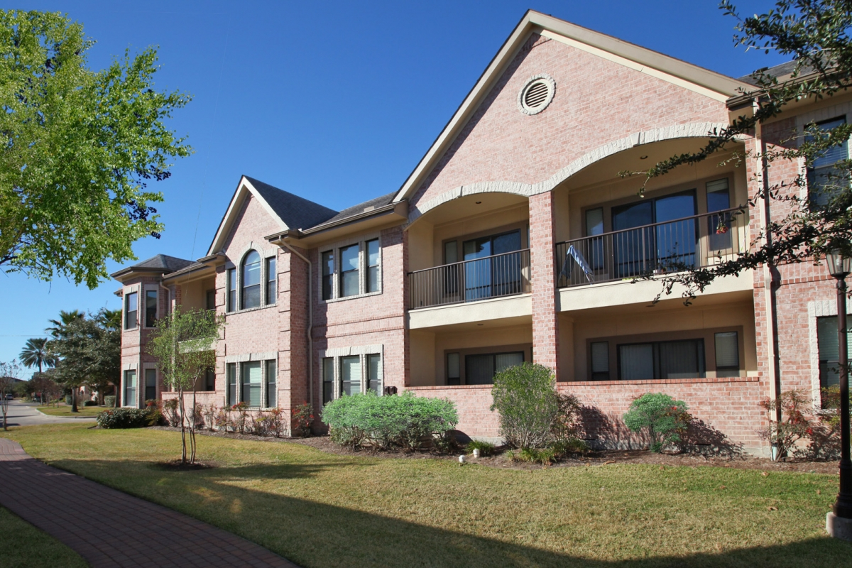 San Brisas Apartments Briar Forest TX