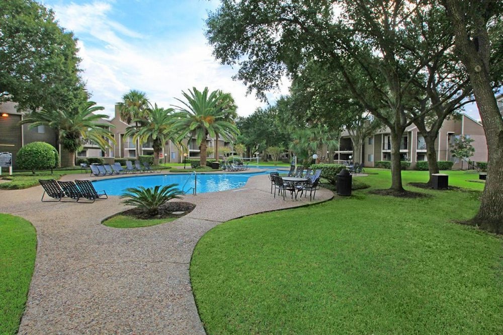 Pool at Listing #138244