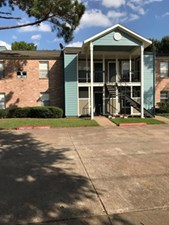 Exterior at Listing #138538