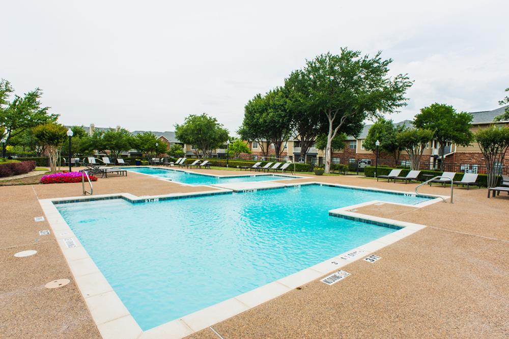 Pool at Listing #137783