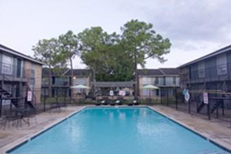 Pool at Listing #139147