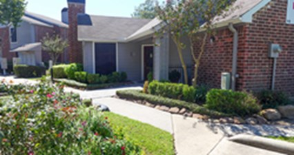 Exterior at Listing #139375