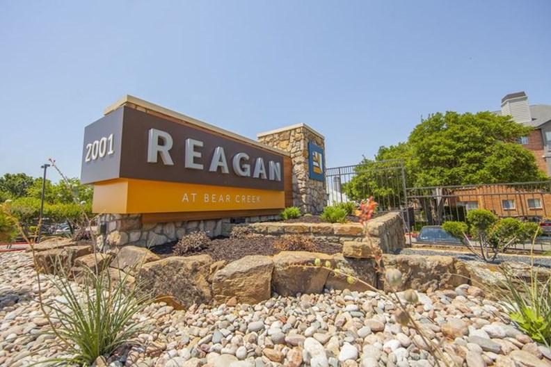 Reagan at Bear Creek Apartments