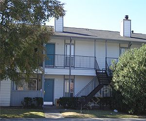 Britany Village Apartments Pasadena, TX