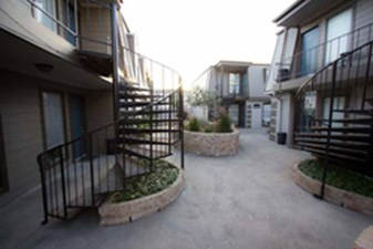 Exterior at Listing #139629