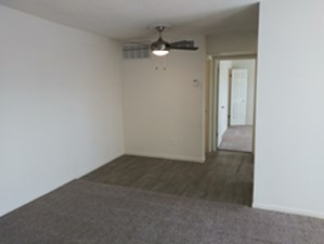 Living at Listing #139773