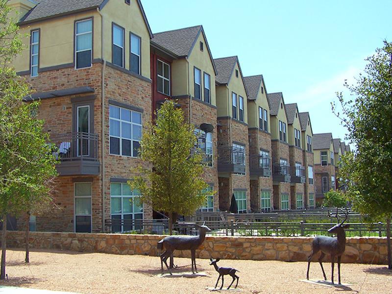 Thousand Oaks at Austin Ranch Apartments