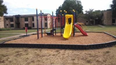 Playground at Listing #138028