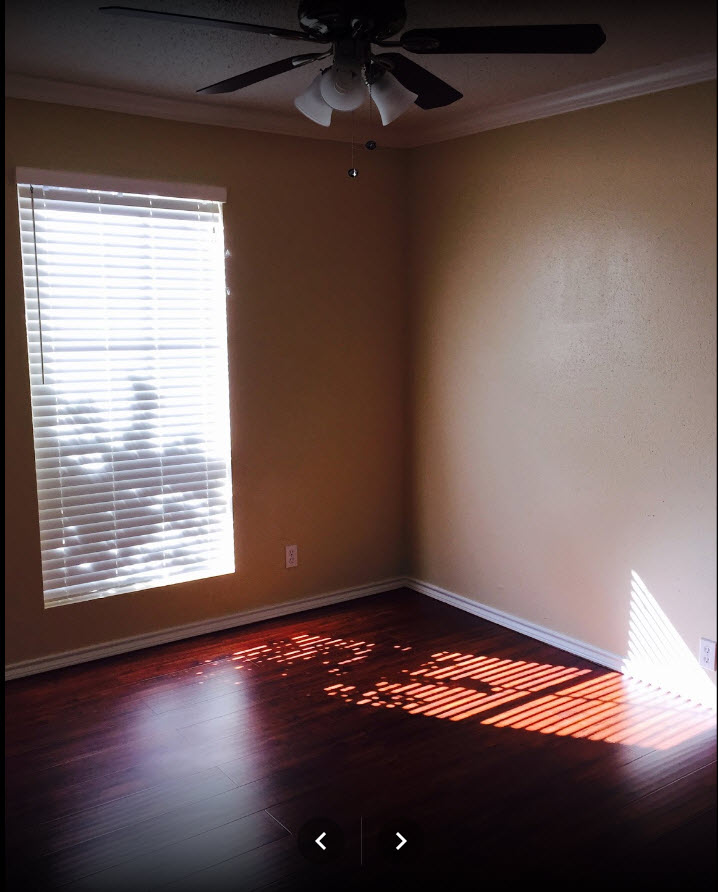 Bedroom at Listing #139592