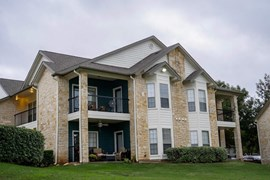 Lakehouse Apartments Granbury TX