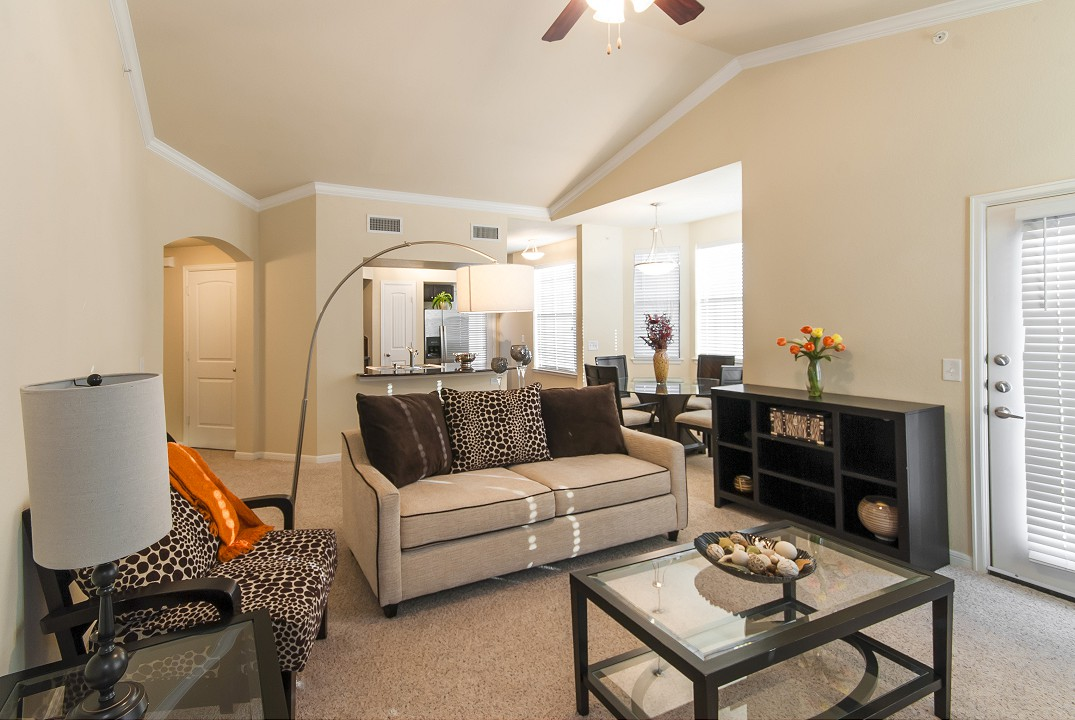 Living at Listing #259538