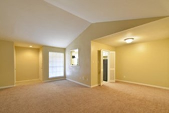 Living/Dining at Listing #138427