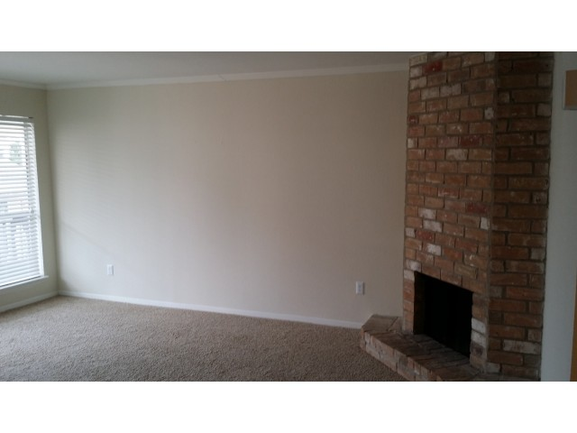 Living at Listing #139707