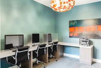 Business Center at Listing #251692