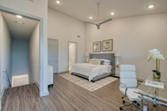 Bedroom at Listing #300220