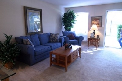 Living Area at Listing #139056