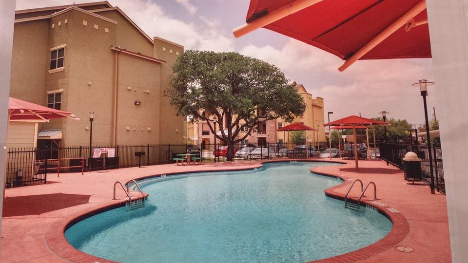 Pool at Listing #261461