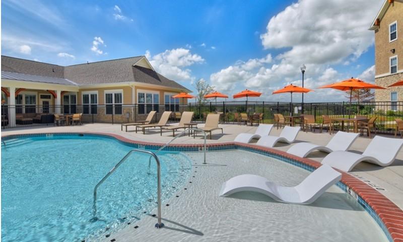 Pool at Listing #282755