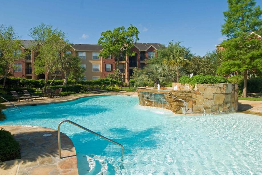 Pool at Listing #138790