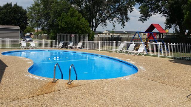 Pool at Listing #136163
