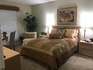 Bedroom at Listing #135682