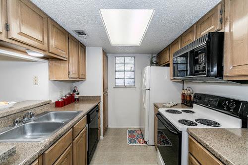 Kitchen at Listing #141317