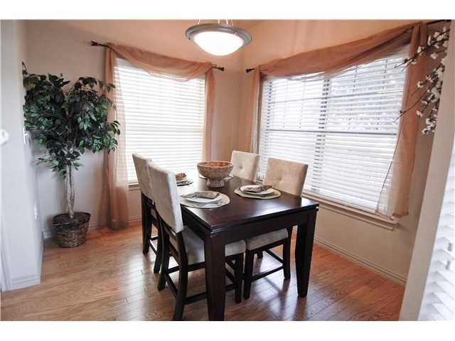 Dining at Listing #144066