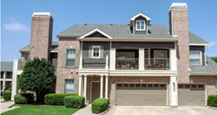Exterior at Listing #137850