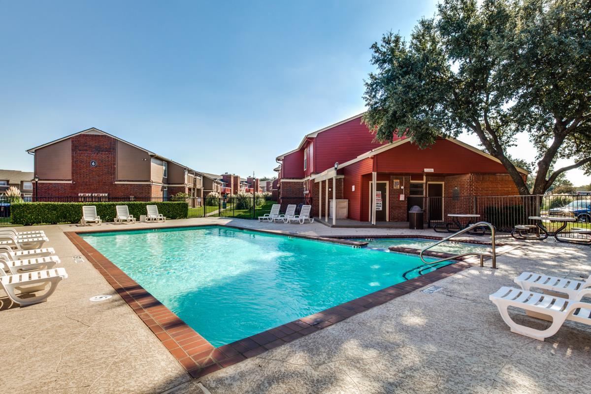 Cobblestone Village Apartments Grapevine TX