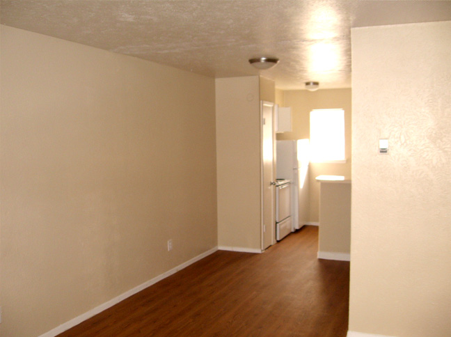Living at Listing #136393
