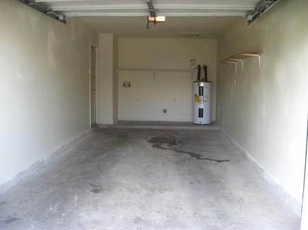 Garage at Listing #140636