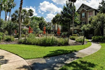 Exterior at Listing #138668