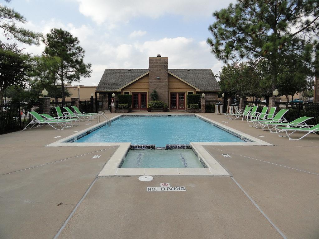 Pool at Listing #138365