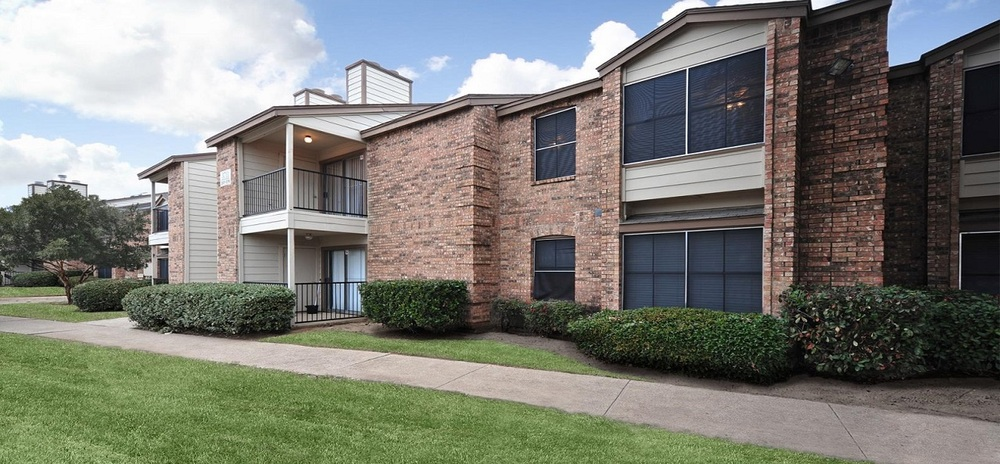 Montoro Apartments Irving, TX