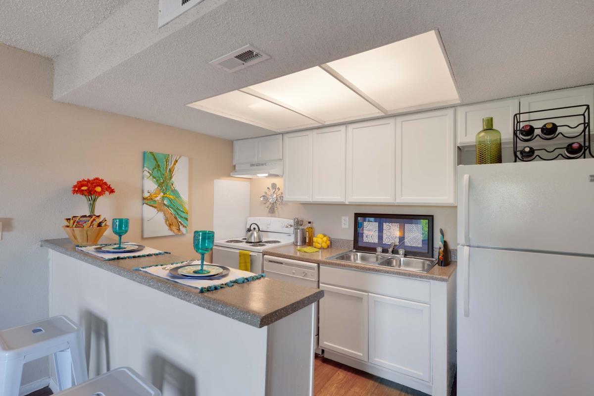 Kitchen at Listing #140346