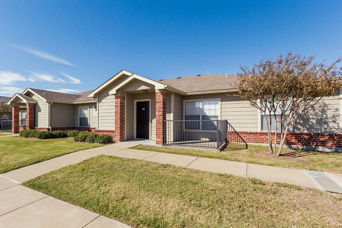 Exterior at Listing #145113