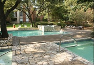 Pool at Listing #140515