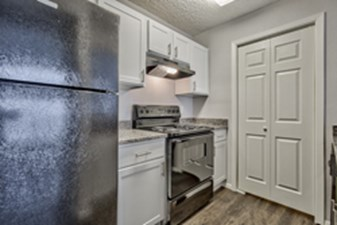 Kitchen at Listing #135663