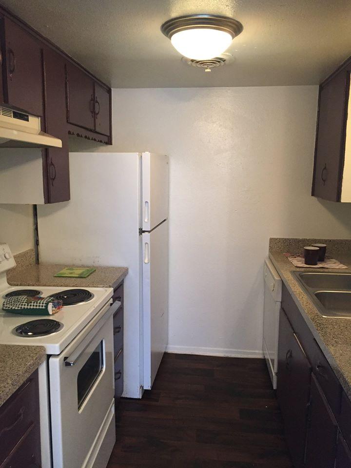Kitchen at Listing #136598