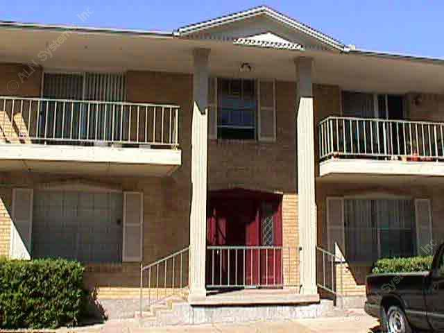 Exterior 5 at Listing #135793