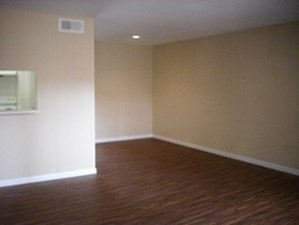 Living at Listing #144459