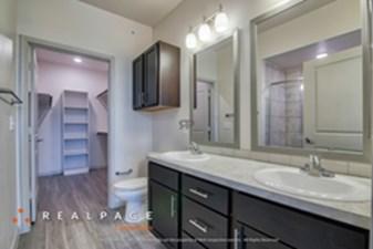 Bathroom at Listing #303343