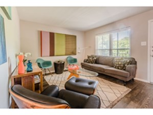 Living at Listing #137160