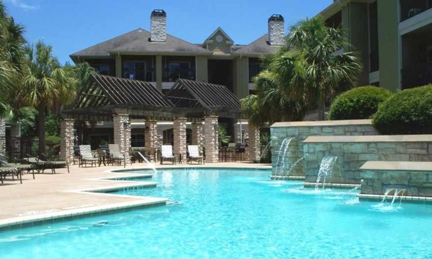 Retreat at Westchase Apartments