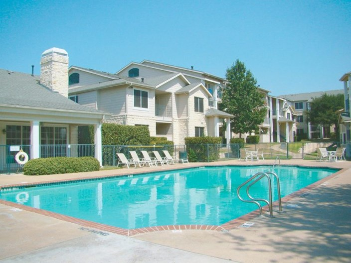 Arrowhead Park Apartments