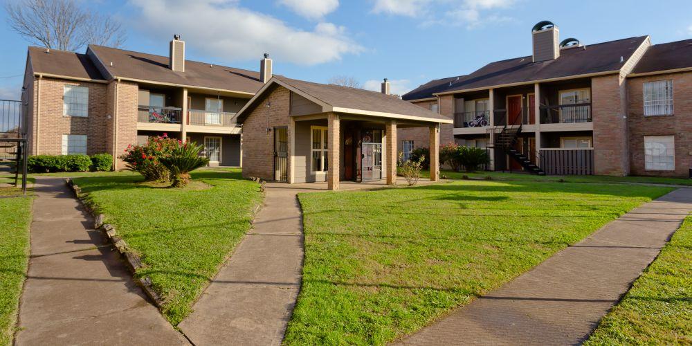 Synott Square Apartments Houston TX