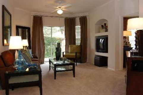 Living at Listing #140643