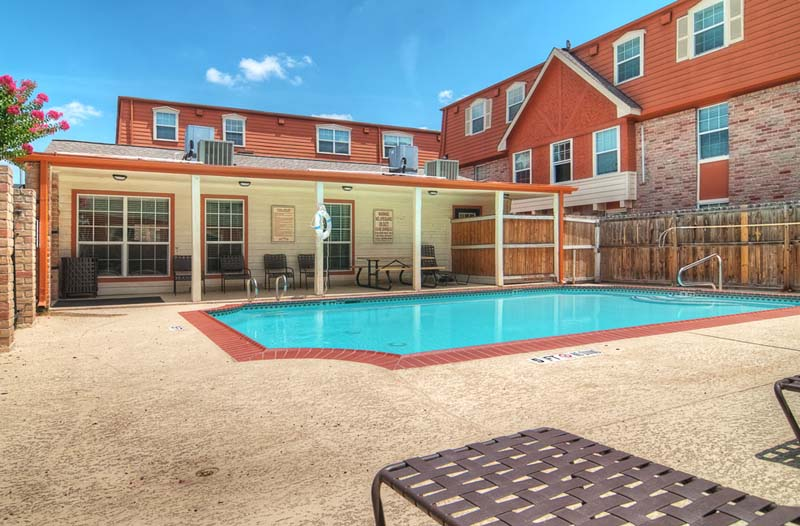 Pool at Listing #138368